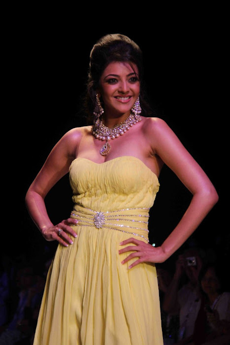 kajal agarwal rwalk at iijw 2011 photo gallery
