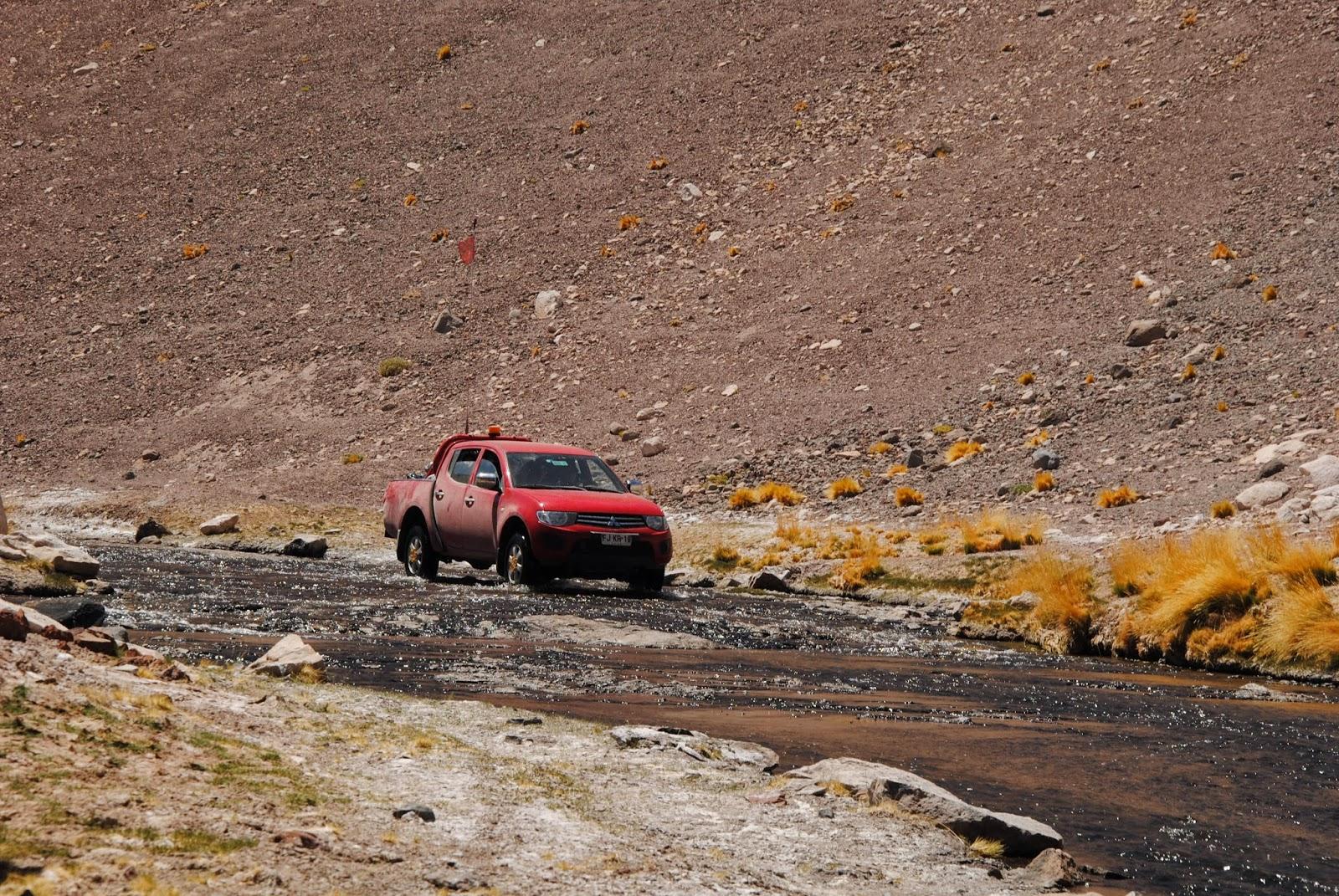 Remontée de la rivière Aguas Negras en 4x4 - Chili