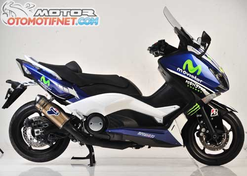 Modifikasi Yamaha Tmax Versi Movistar