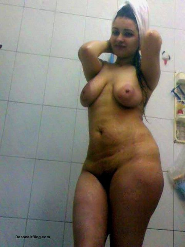 Indian Aunties Clean Show Bathing Geous Structure