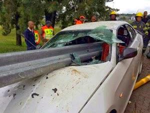 Thumbnail image for Kemalangan Ngeri Kereta BMW Pemain Bolasepak, Yang Ajaibnya…