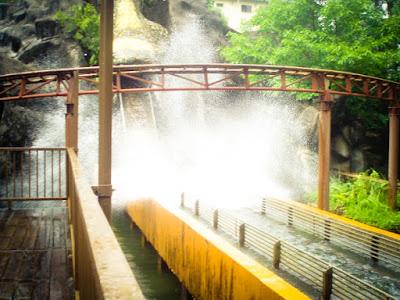 roller coaster, sunway pyramid, price, theme park, playground, cool place, permainan baru, taman tema, concert, tasik buatan, Petaling Jaya, asian tourist, pelancongan, cuti-cuti malaysia