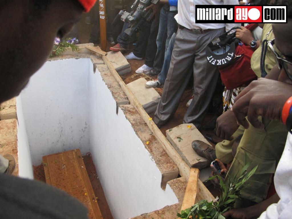 Baadhi ya viongozi wa Serikali walihudhuria akiwemo pia mkuu wa mkoa
