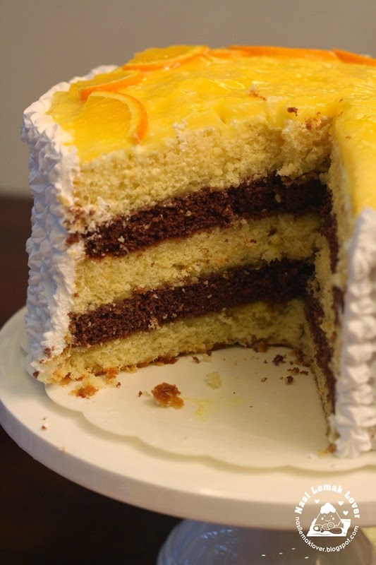 Orange Sponge Cake With Dark Chocolate Icing