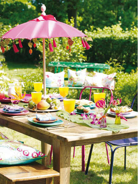 Country style chic summer garden party for Backyard party decoration ideas