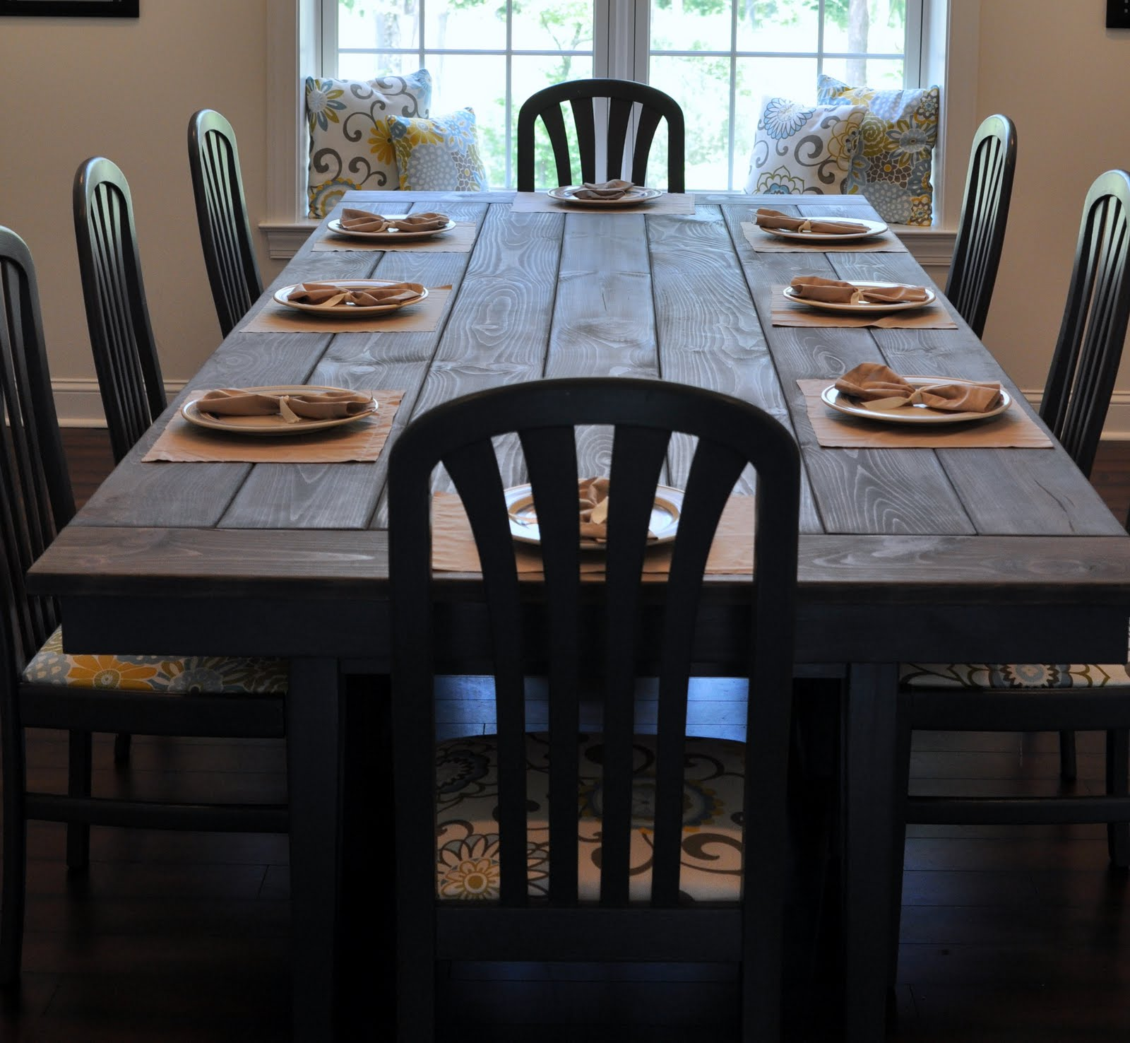 Farmhouse table remix how to build a farmhouse table for Farmhouse dining room table set