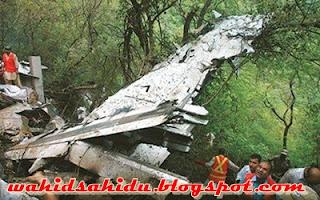 Kumpulan Foto Evakuasi Korban Pesawat Sukhoi Superjet 100 | Foto Jenazah Korban Pesawat Sukhoi