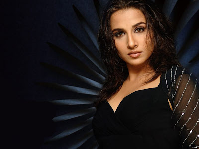 Vidya Balan Glamorous Wallpaper in Dirty Picture