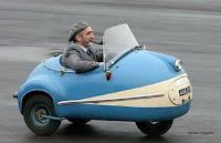 gambar mobil unik