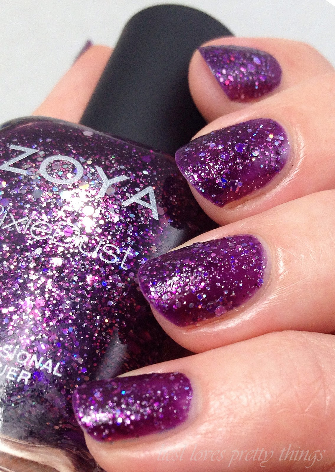Zoya Thea-- Wishes 2014 swatch and review
