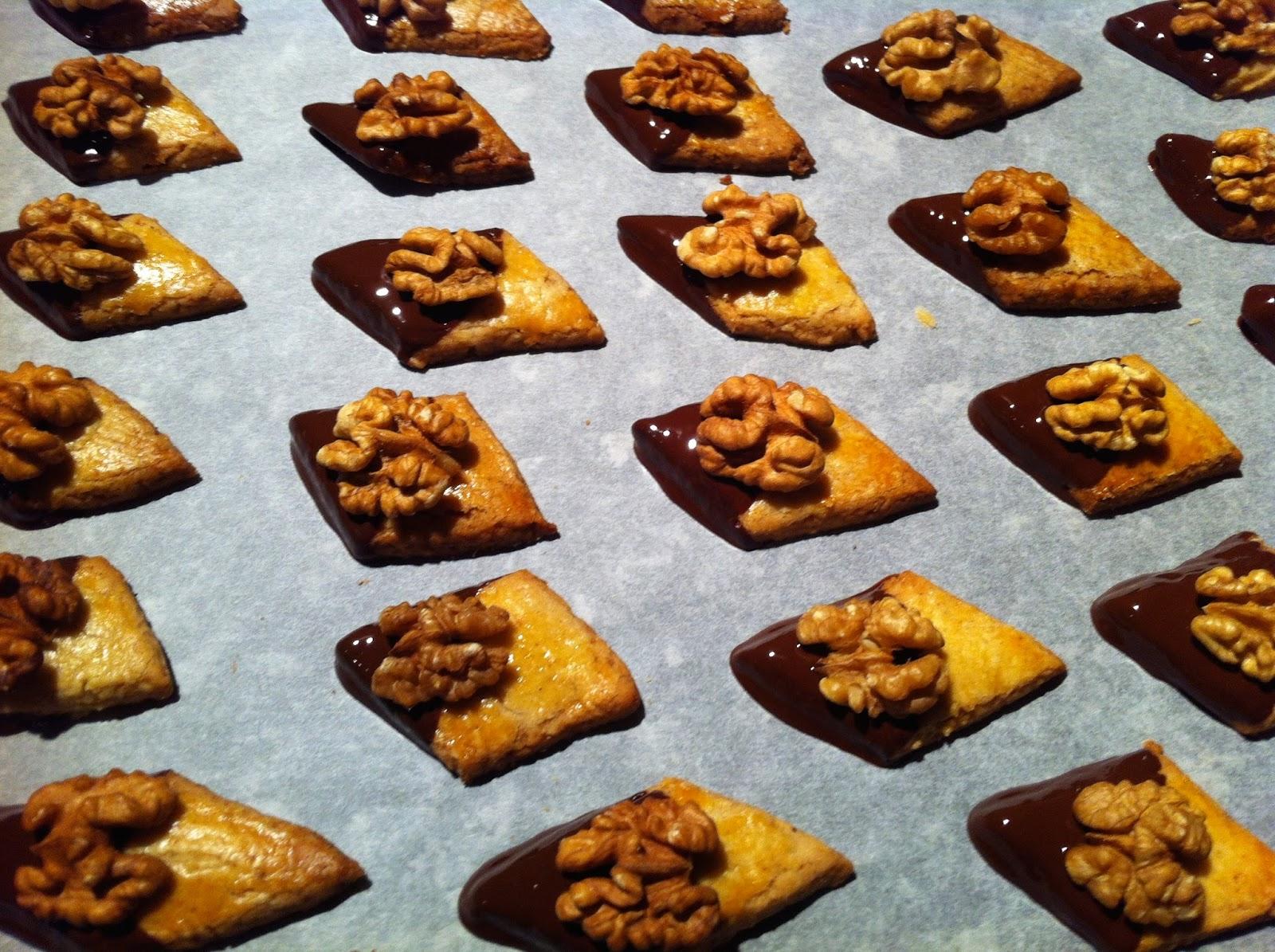 macarons aux noix bredele 6 du chocolat au curry macarons aux noix bredele 6