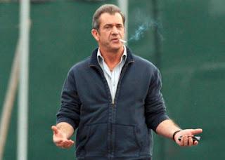 Mel Gibson confessou a uma revista norte-americana que abandonar o cigarro foi uma das coisas mais difíceis que já tentou fazer na vida.