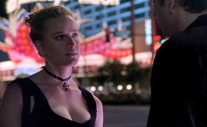ElIZABETH SHUE as Sera in LEAVING LAS VEGAS
