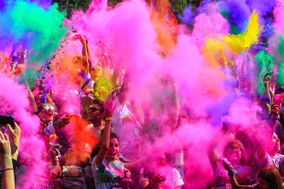 Invitaţie la The Color Run 2015. Un eveniment inedit de alergare
