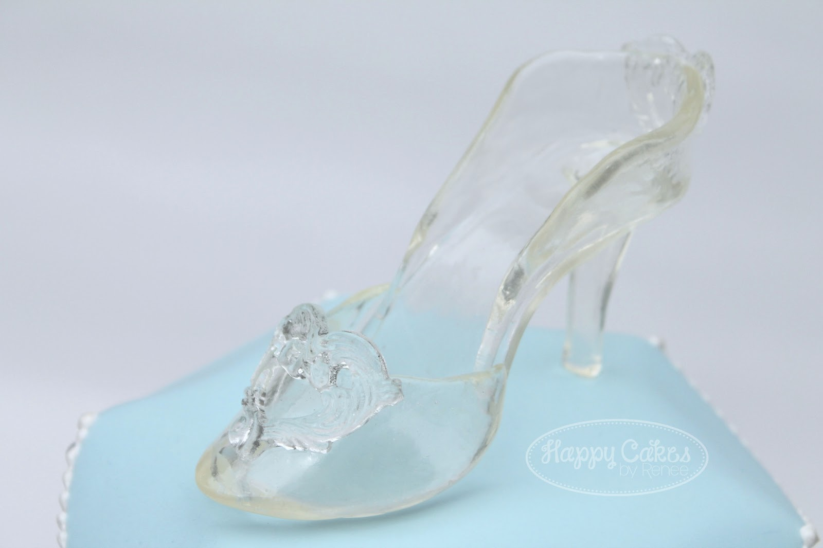 How To Make A Glass Slipper Cake