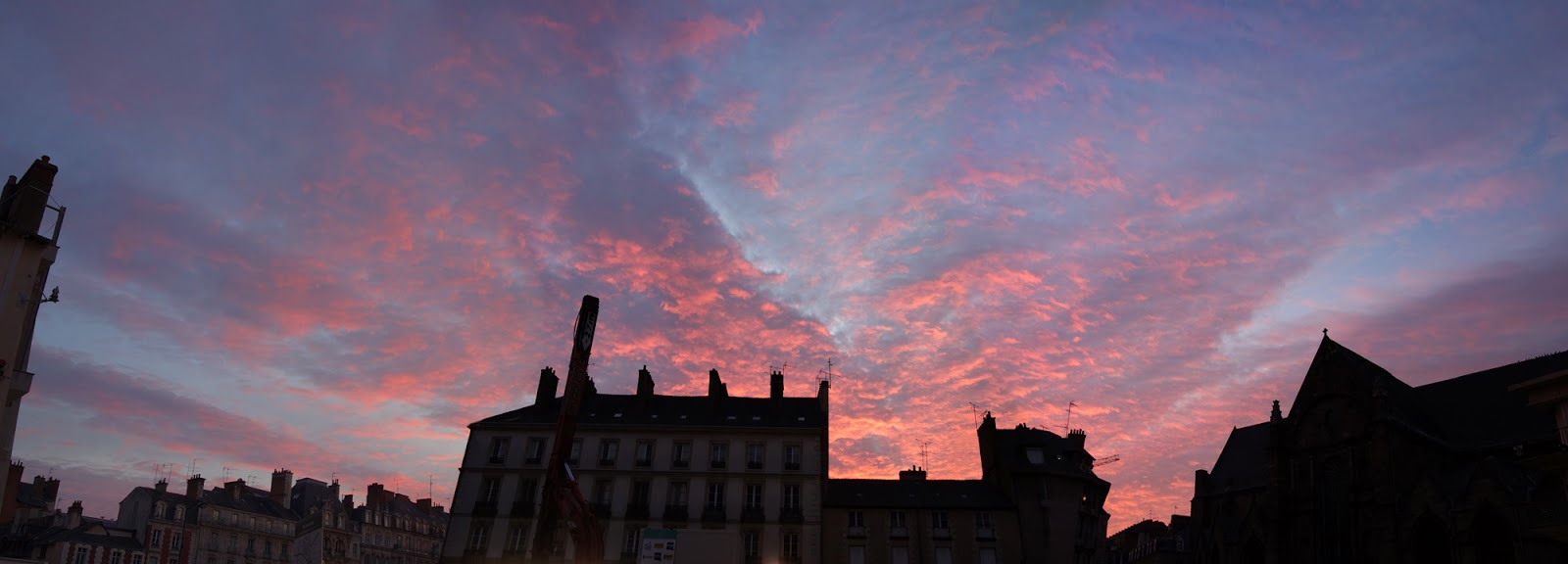 Une petite histoire de la place saint germain de rennes coucher de soleil sur la place saint - Coucher du soleil rennes ...