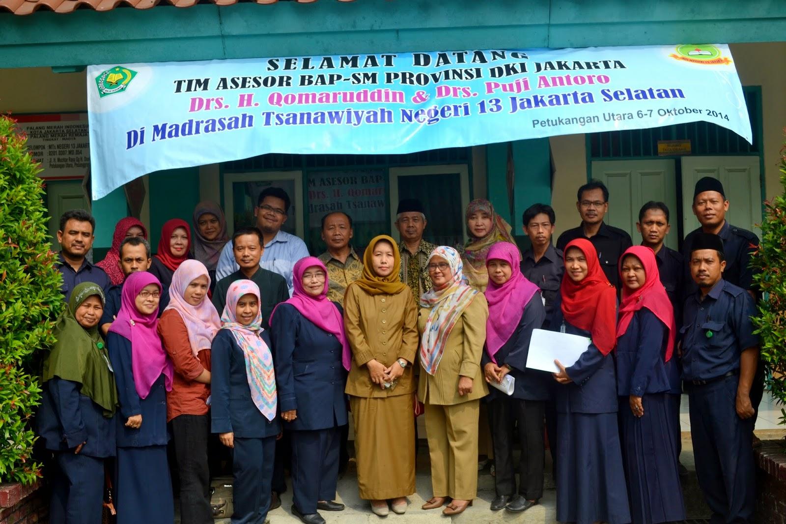 foto bersama Tim Asesor BAP-Provinsi DKI Jakarta Bersama Guru dan ...