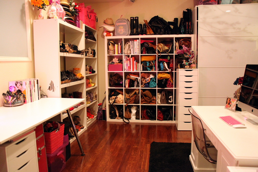 Eclectichicks how to create your own celebrity closet Design your own bedroom closet