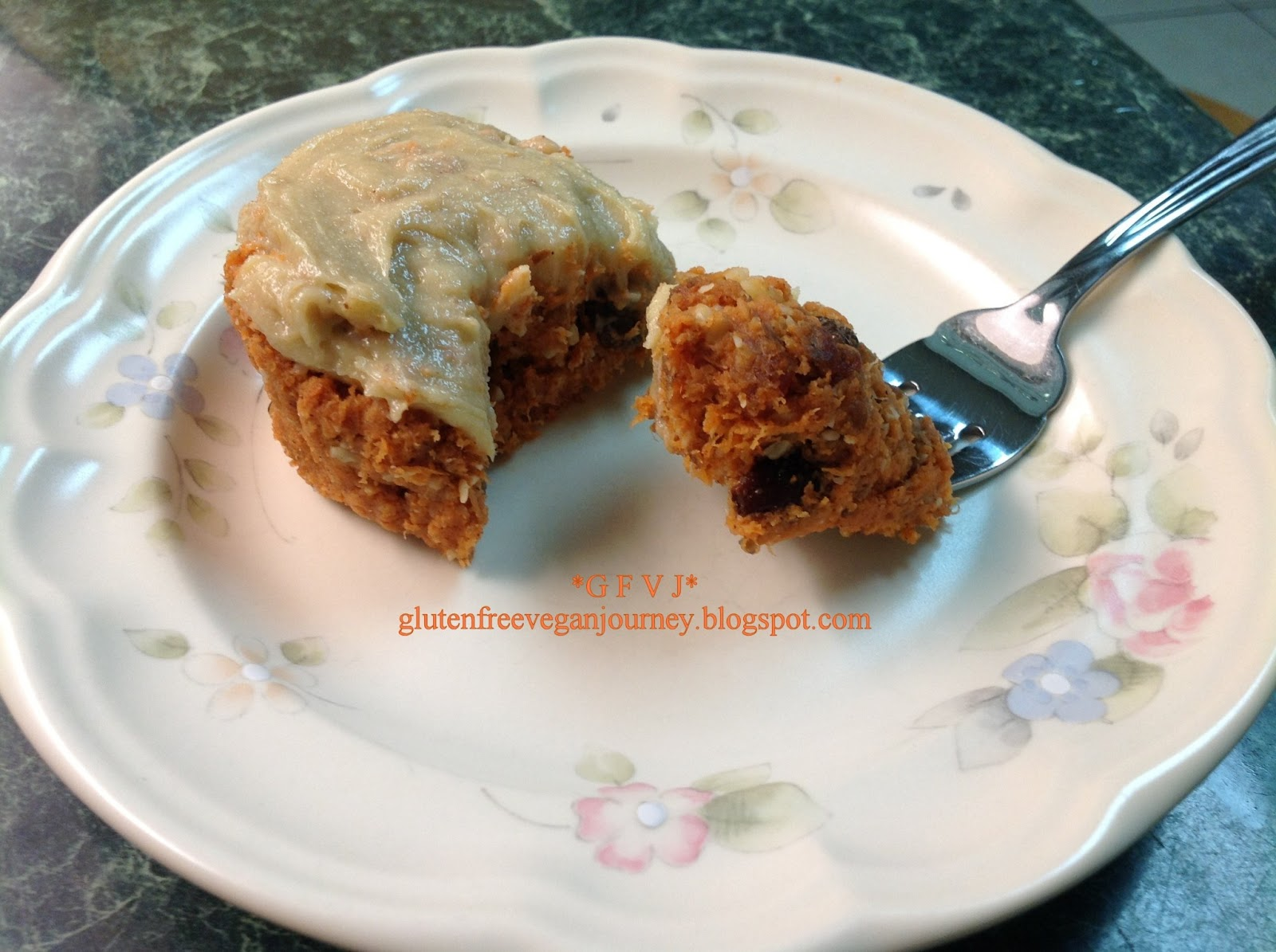 Gluten Free Vegan Journey: Raw Carrot Cake Cupcakes with Cashew Cream ...