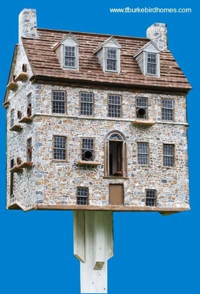Casa de pájaros maqueta de una residencia real