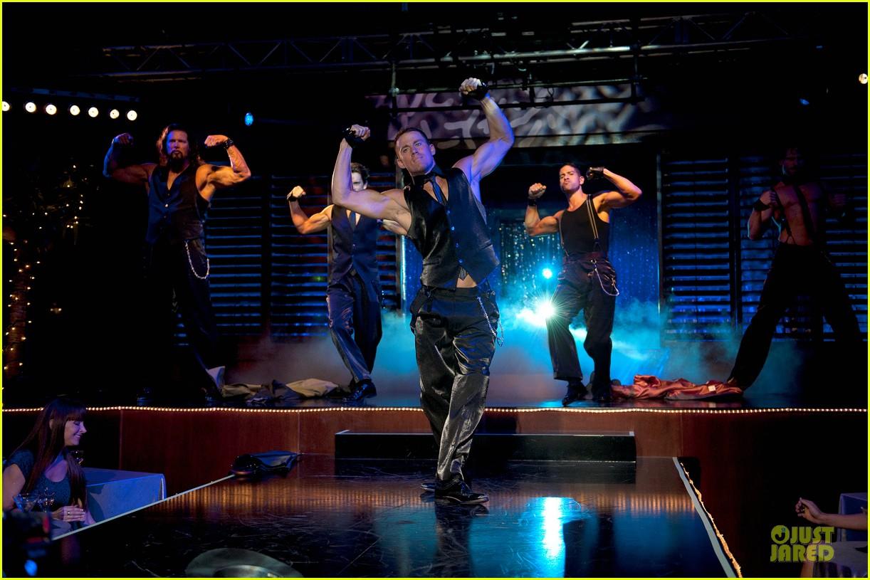http://4.bp.blogspot.com/-n6pLbG9Qv0w/T9Iflracn3I/AAAAAAAADko/6jCv6U6ezn0/s1600/channing-tatum-new-magic-mike-stills-03.jpg