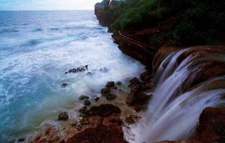 tempat wisata Air Terjun Jogan (Gunung Kidul)