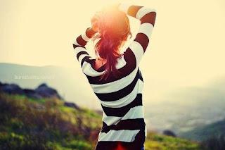 Un error otro error no aprendí la lección, por volar te perdí nos perdimos los dos.