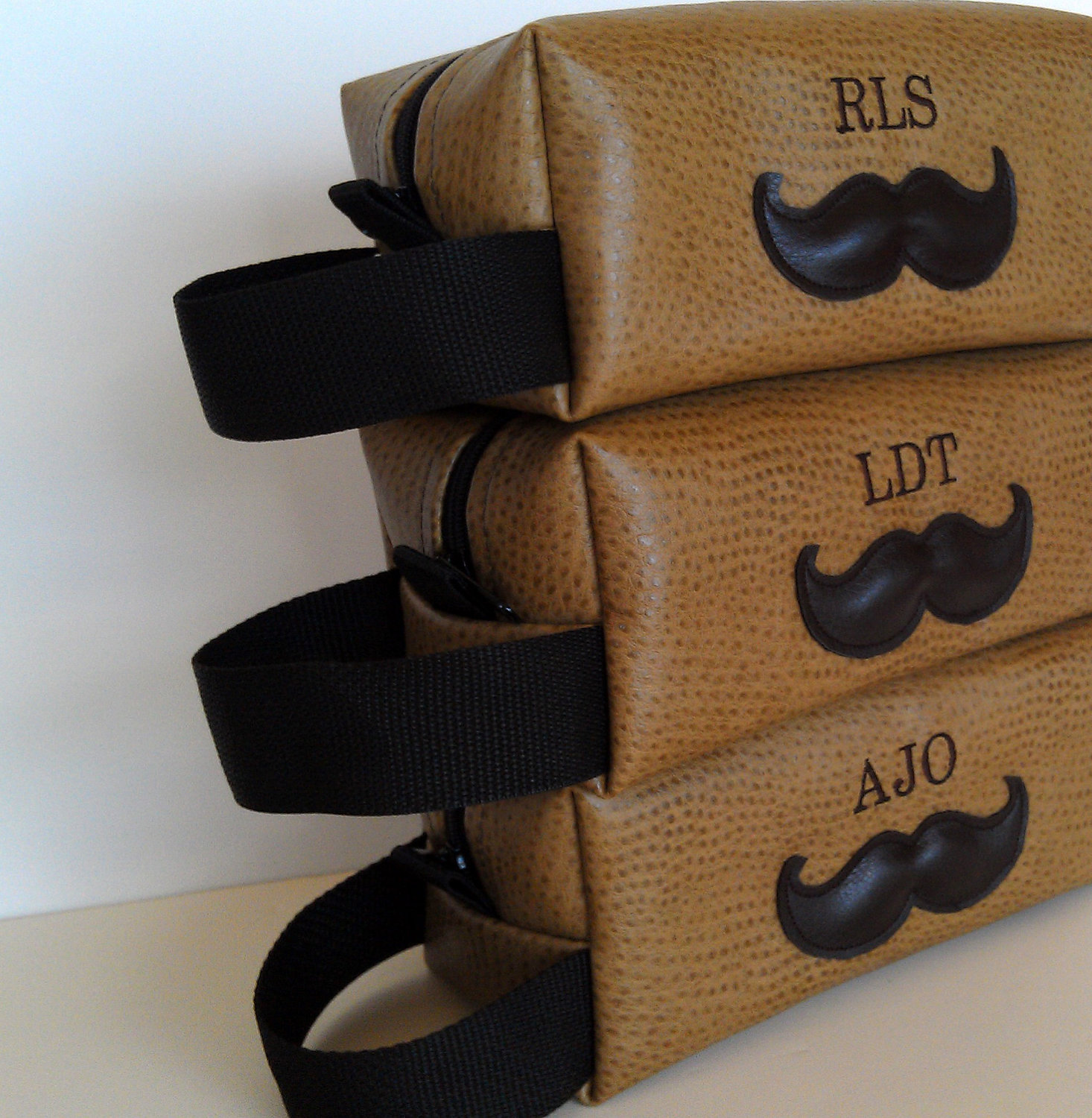 Groomsmen Wedding Gift Ideas : ... guys, especially if its a destination wedding they need to travel to