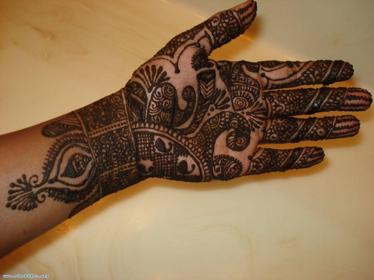 Mehndi Ke Tattoo : Tattoo mehandi designs for hand simple star