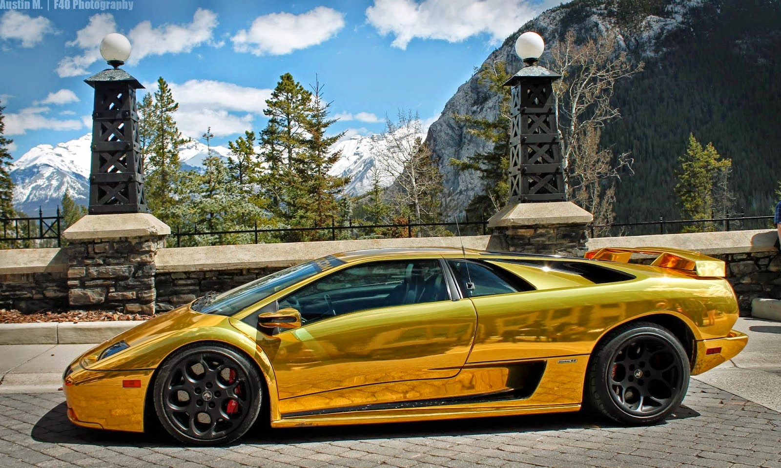 Tunned Ferrari F40 & The Gold Lamborghini Diablo Spotted in Alberta ...