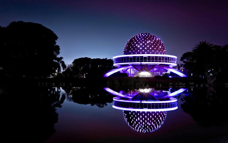 El Planetario de la Ciudad de Buenos Aires, Argentina - Foto de Emmanuel Iarussi