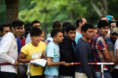 migráció, menekültválság, illegális bevándorlás, Németország, Angela Merkel, szír menekültek, Tobias Plate, Thomas de Maiziere, Frontex