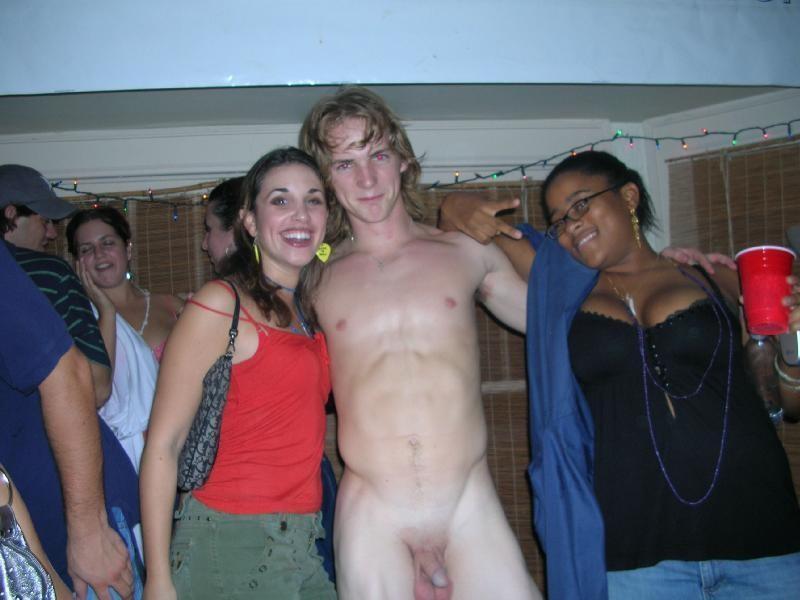 Фото голых пацанов и девушек 81677 фотография