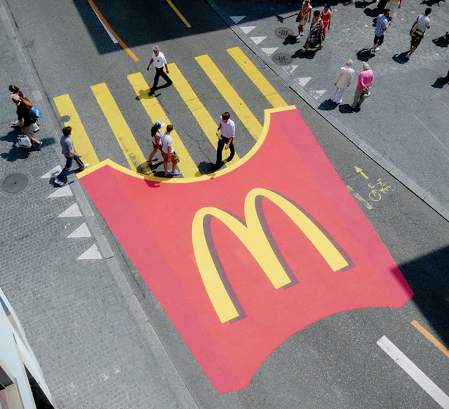 McDonald's fries, Zurifest, pedestrian crossing