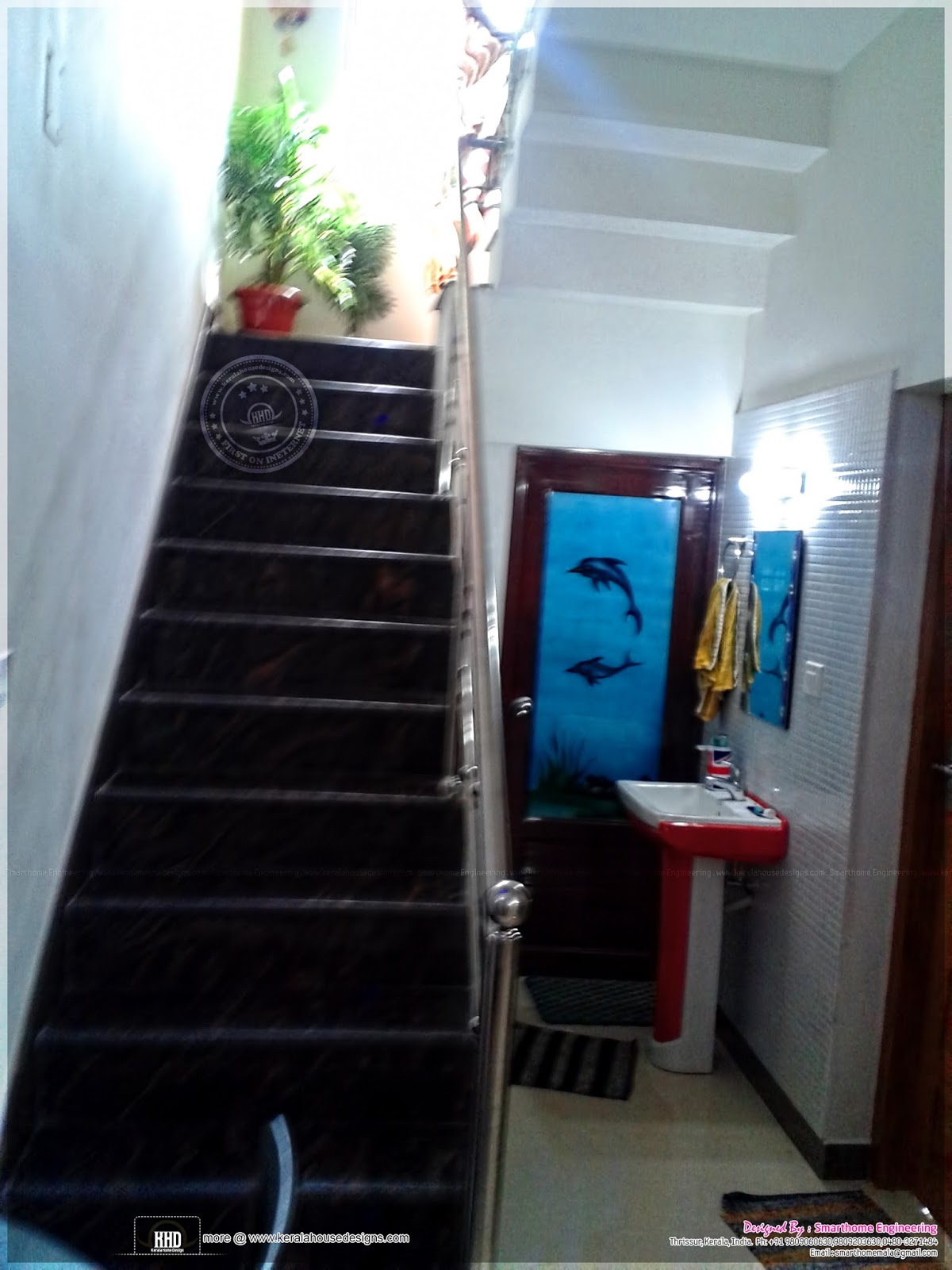 finished house in kerala in 2000 square feet kerala home design
