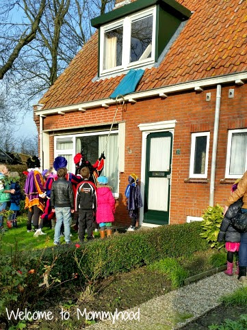 Sinterklaas (Saint Nicholas Day) in the Netherlands {Welcome to Mommyhood}