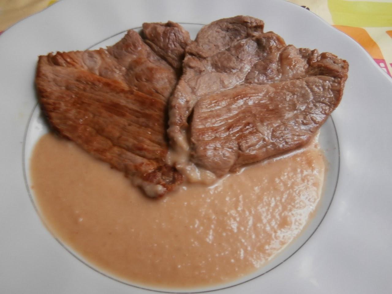 Cocina conchi filetes de cerdo con salsa de membrillo - Filetes de carne en salsa ...