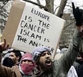 Islamist protestors