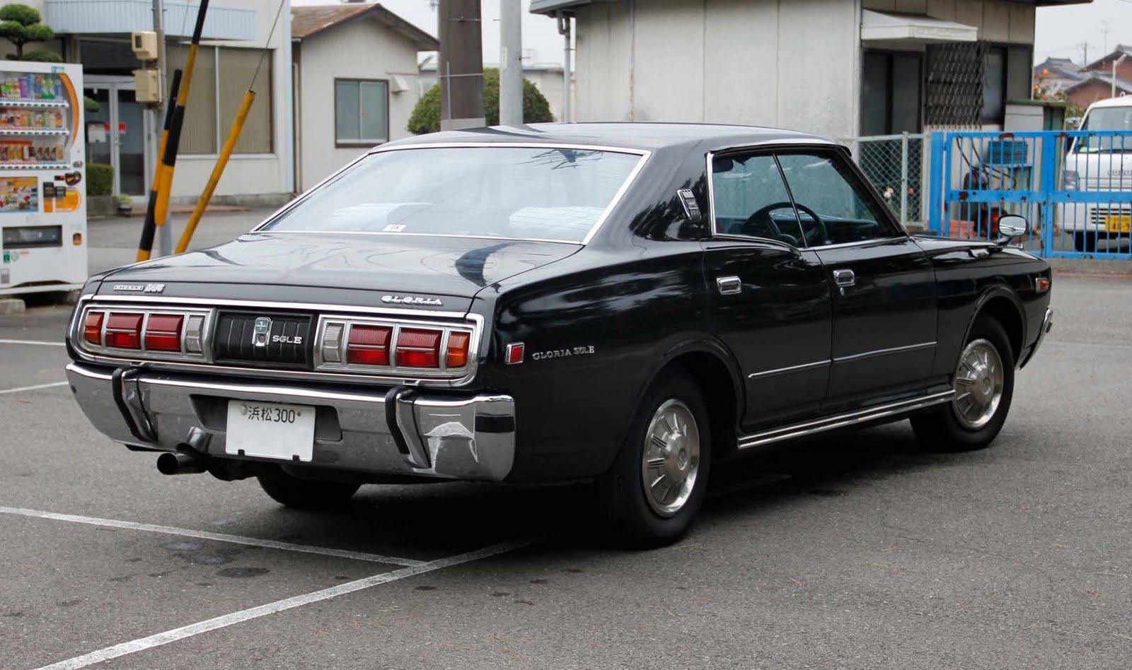 Nissan Cedric, Gloria, 330, nostalgic, oldschool, old cars, classic, japanese, photos, images, jdm