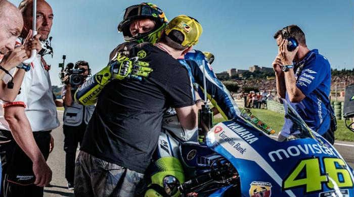 Valentino Rossi Tegaskan Dirinya Akan Bersama Jorge Lorenzo di Musim 2016