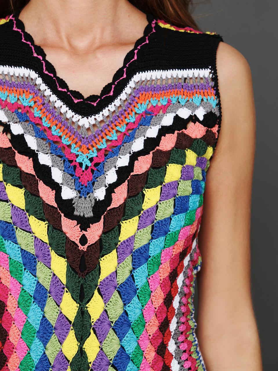 Вязание крючком туника разноцветная