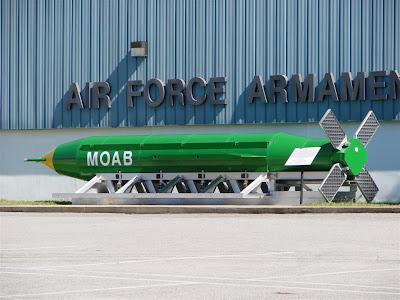 ibu dari segala bom amerika serikat bom terbesar