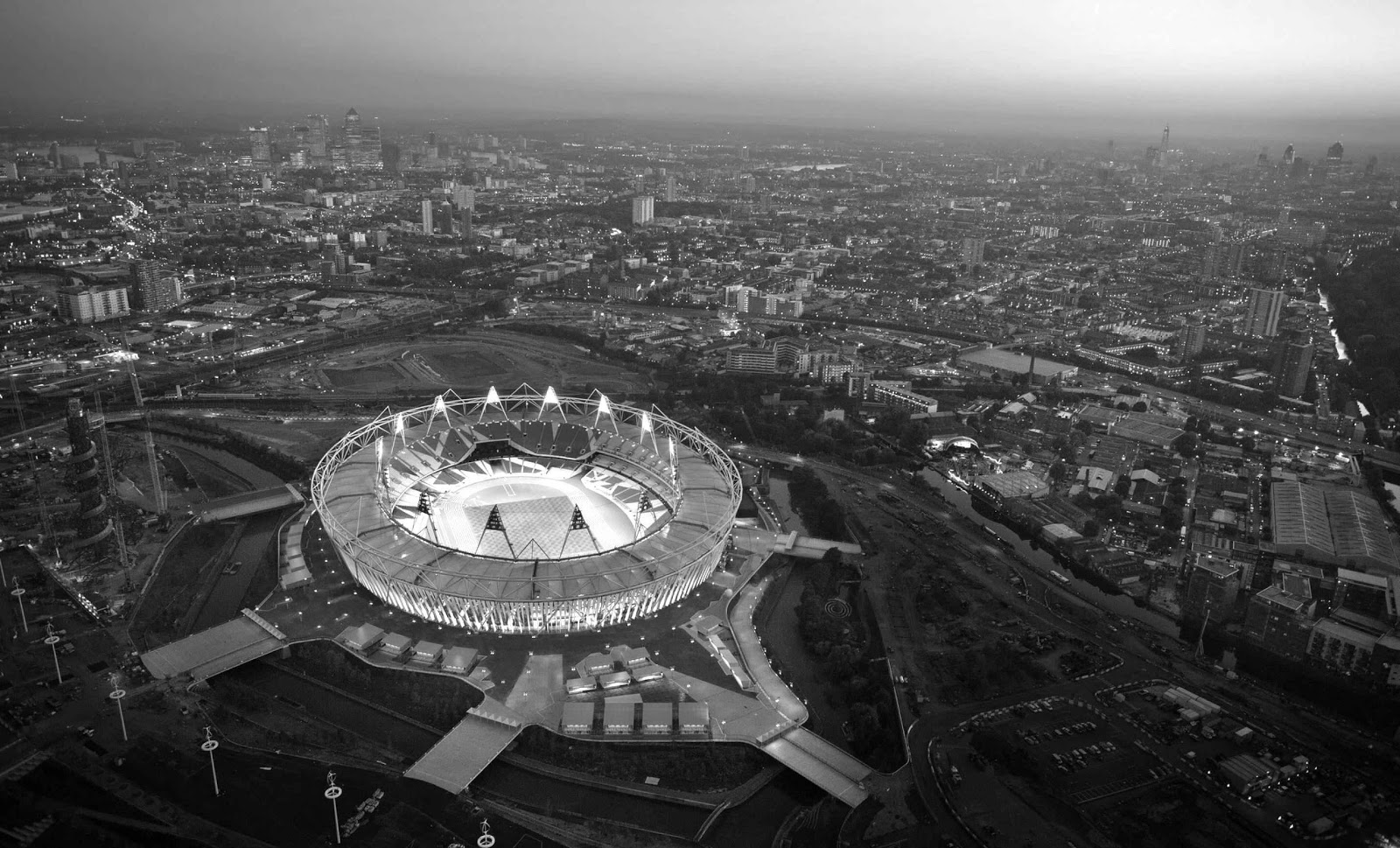 London olympic stadium Photo black and white