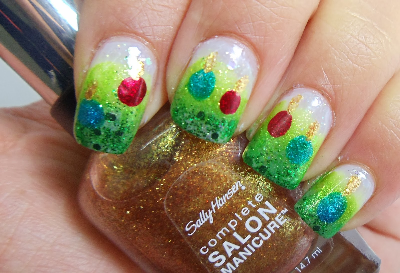 The Happi Therapy: ILL Christmas Nail Art Challenge Day 6: \'Ornaments\'
