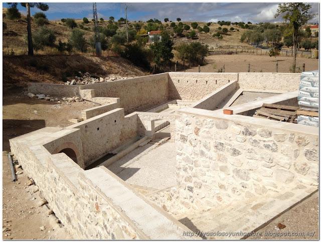 La fuente Vieja en reconstrucción