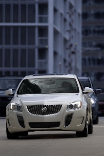 2012 Buick Regal GS Pictures