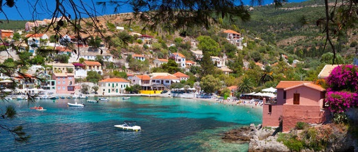 Experience a Trip to Kefalonia with Local Car Rentals
