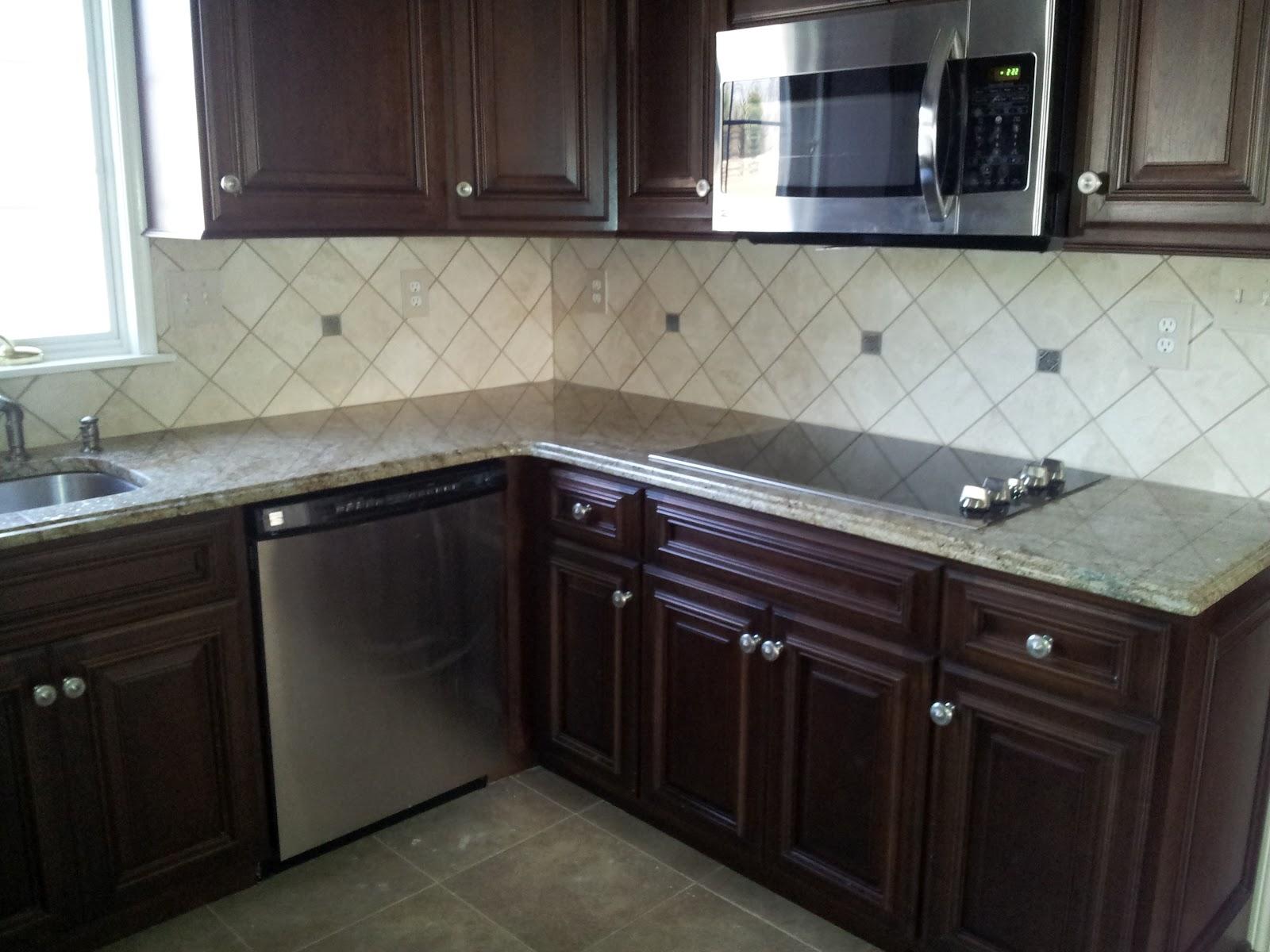 tile kitchen backsplash in the plumsteadville pennsylvania area