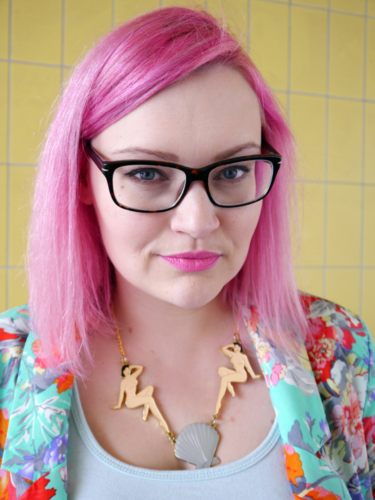 scotstreetstyle, Onward, tropical, girl with glasses, Scottish bloggers, pink hair, DIY, Karen Mabon jewellery, Karen Mabon scarf, fruit, Scottish style, matching lip and hair, rose gold hair