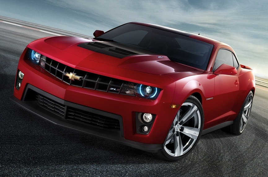 All About Muscle Car: Showing off muscles between Chevrolet Camaro ...